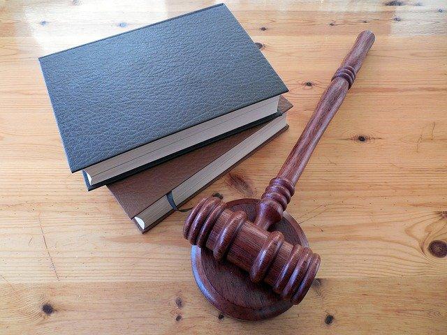 les différents métiers du droit en France