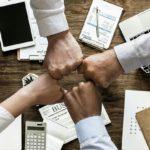 Le Pacte d'Associés : quelles clauses doivent y figurer ?